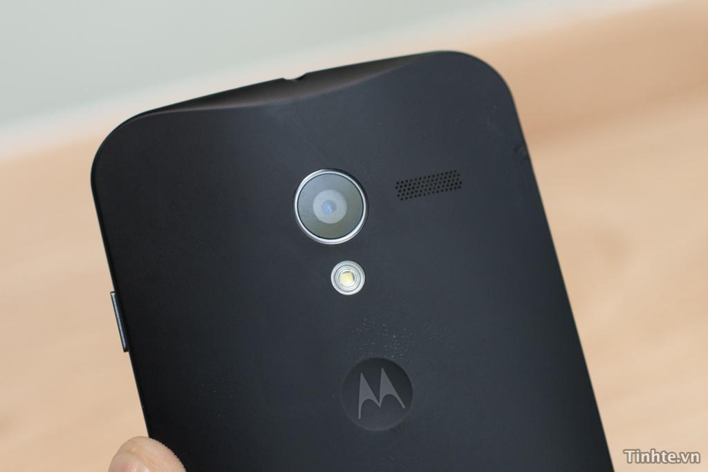 explaining motorola�s new line of phones for verizon