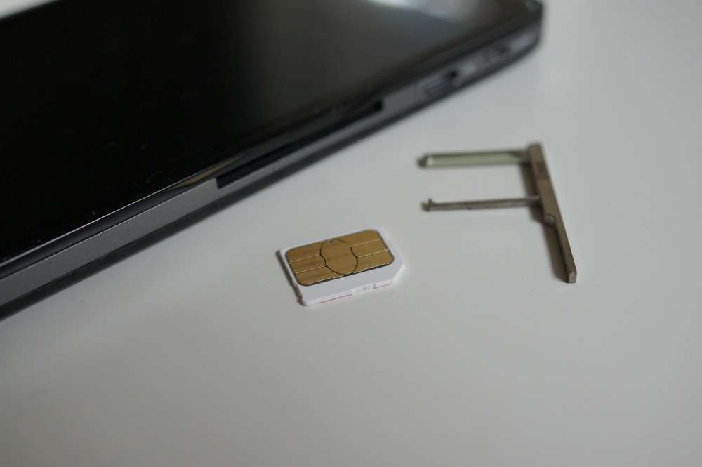 How To Cut A Micro Sim Into A Nano Sim For Your Moto X Droid Life