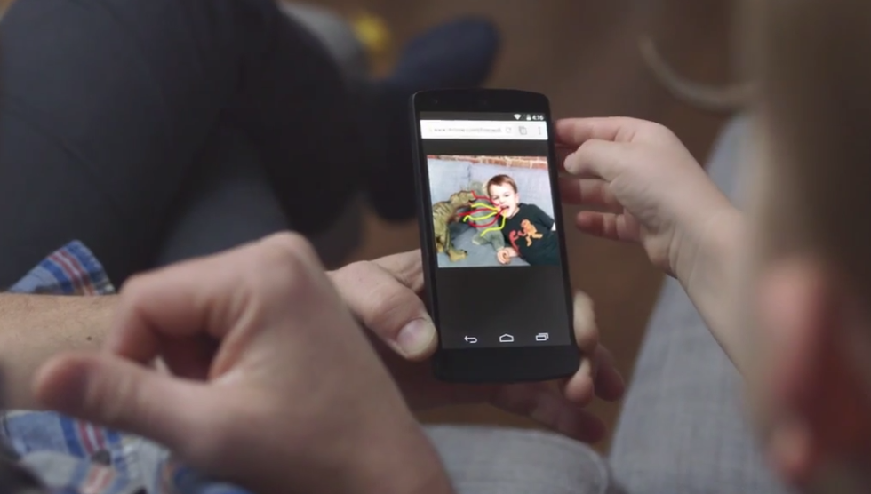Google Releases Photowall Chromecast App, Coming to Android