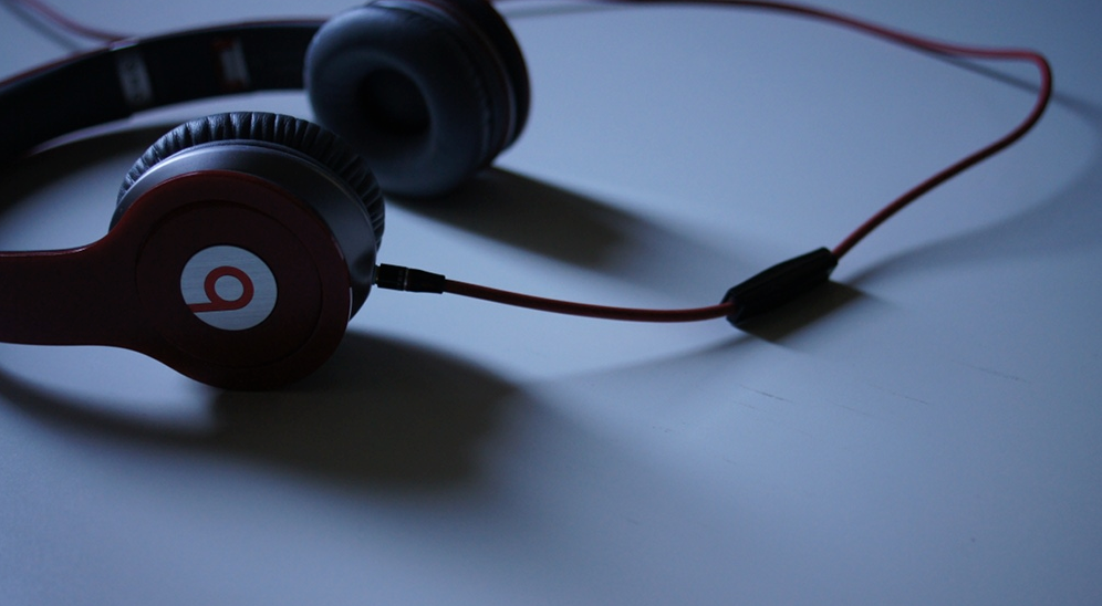 beats-by-dre_jpg__1000×666_