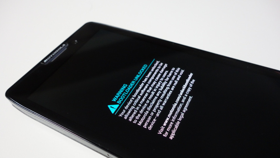 Dan Rosenberg Unlocks Moto X Bootloader, Says Almost All Snapdragon