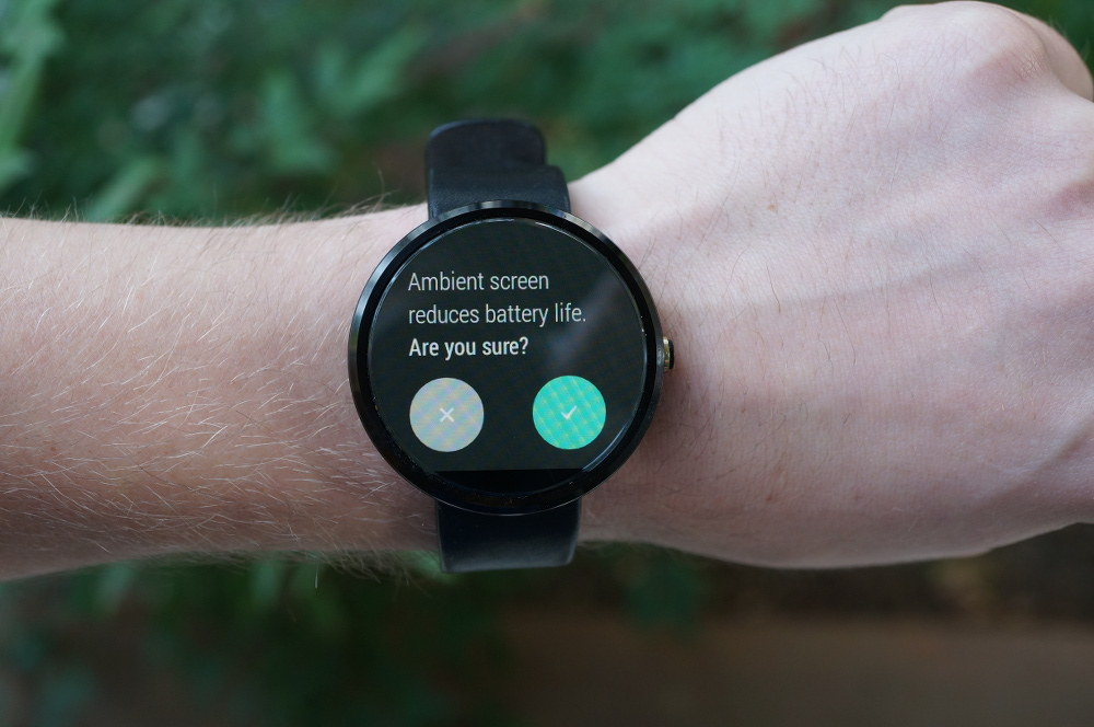 moto 360 ambient screen