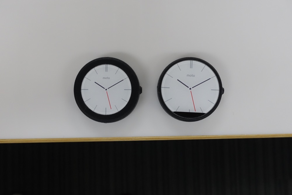 moto 360 prototype and parts-3