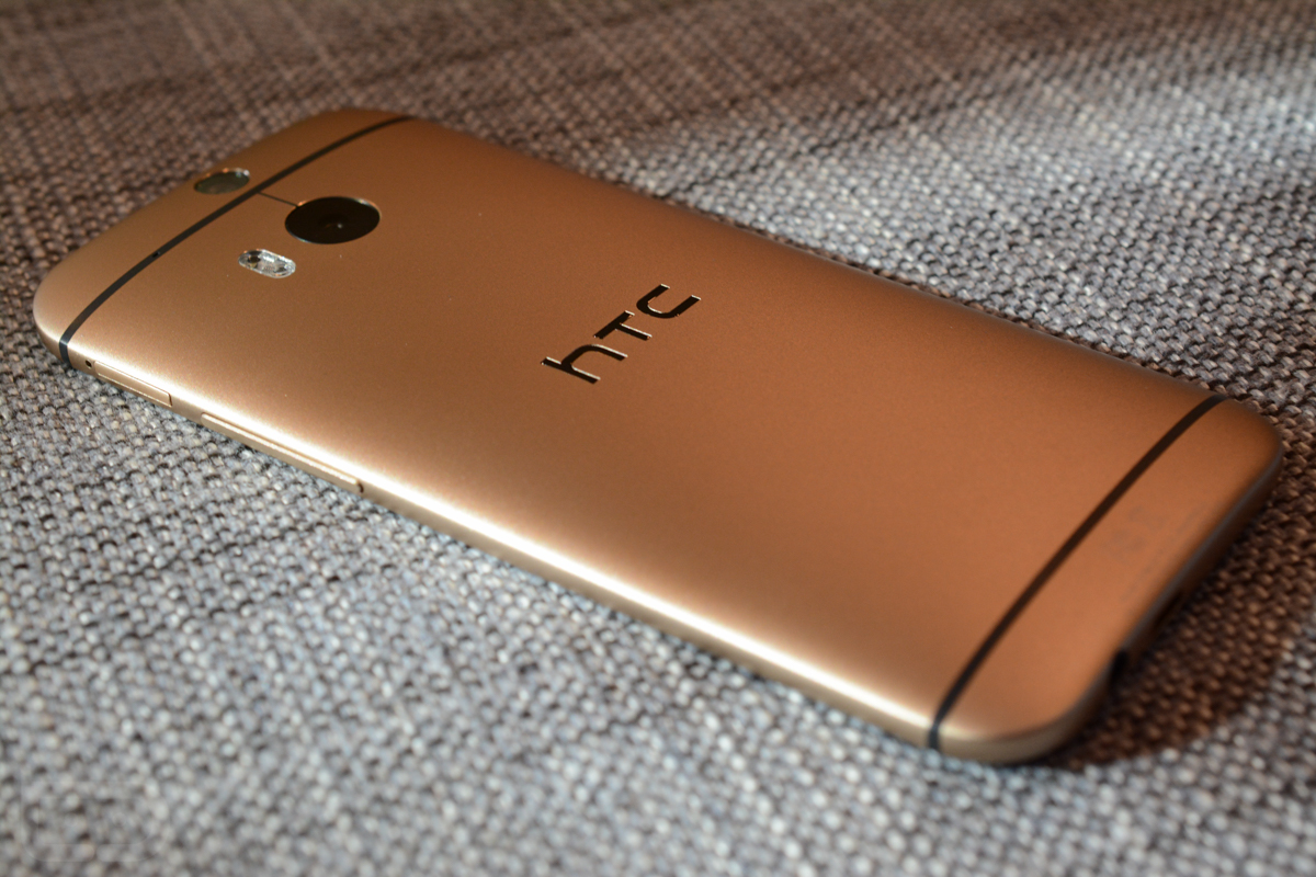 htc one m8 gold-4