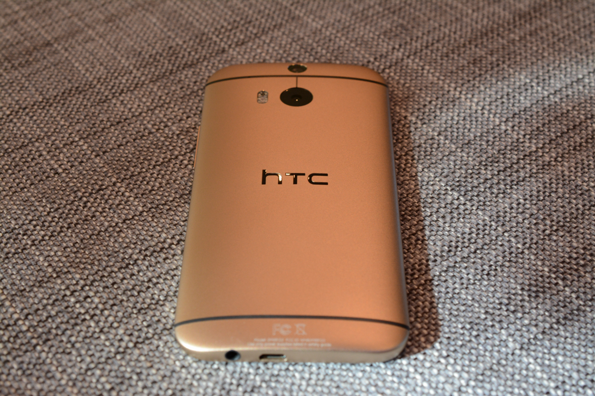 htc one m8 gold-5