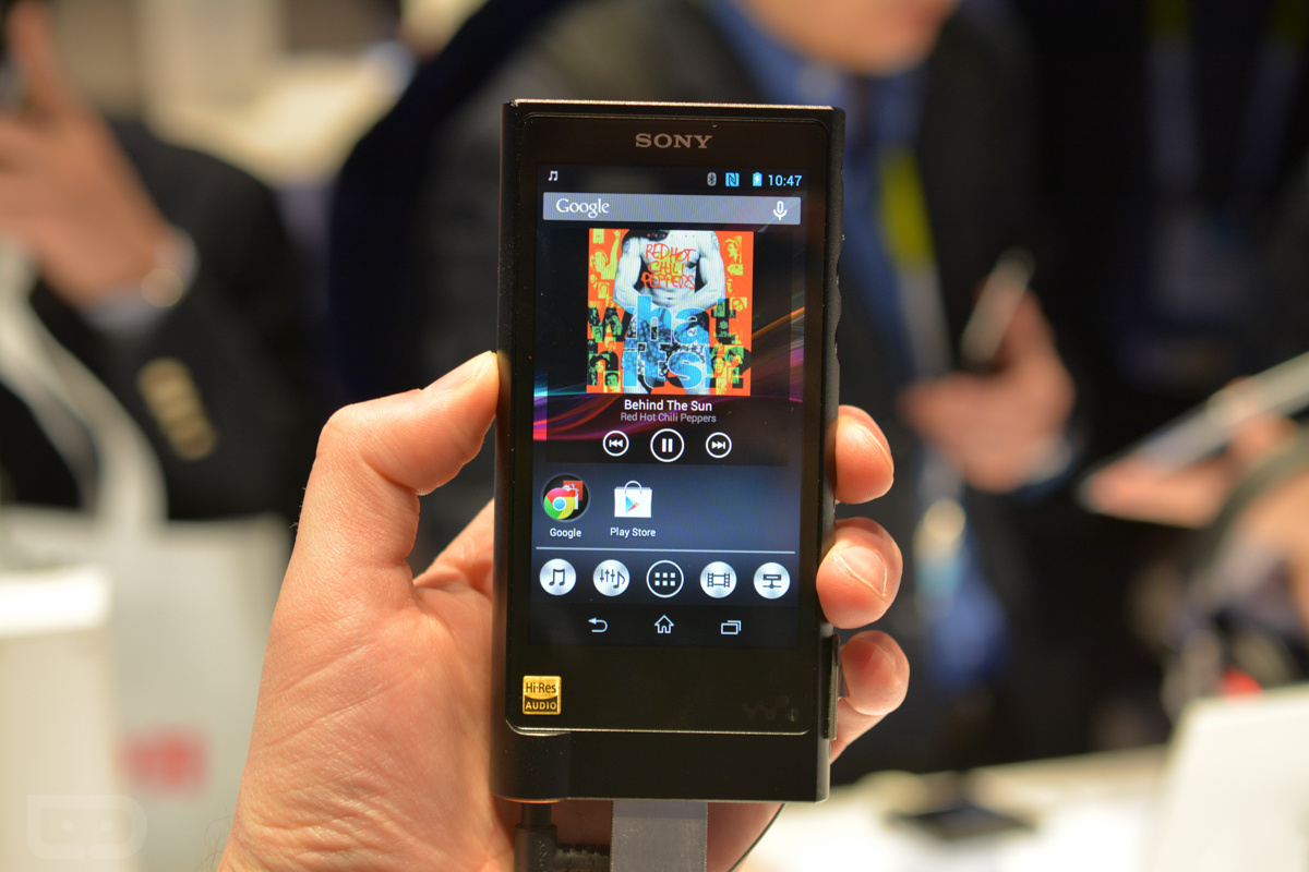 Sony Walkman NW-ZX2 Hands-on and Tour