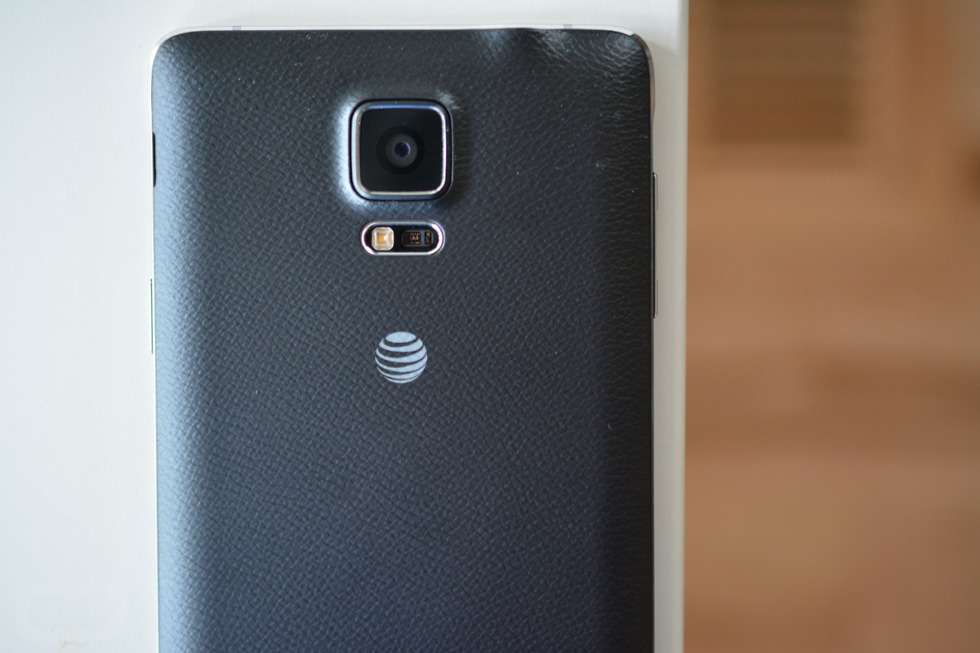 Can you hook up a verizon phone to at&t