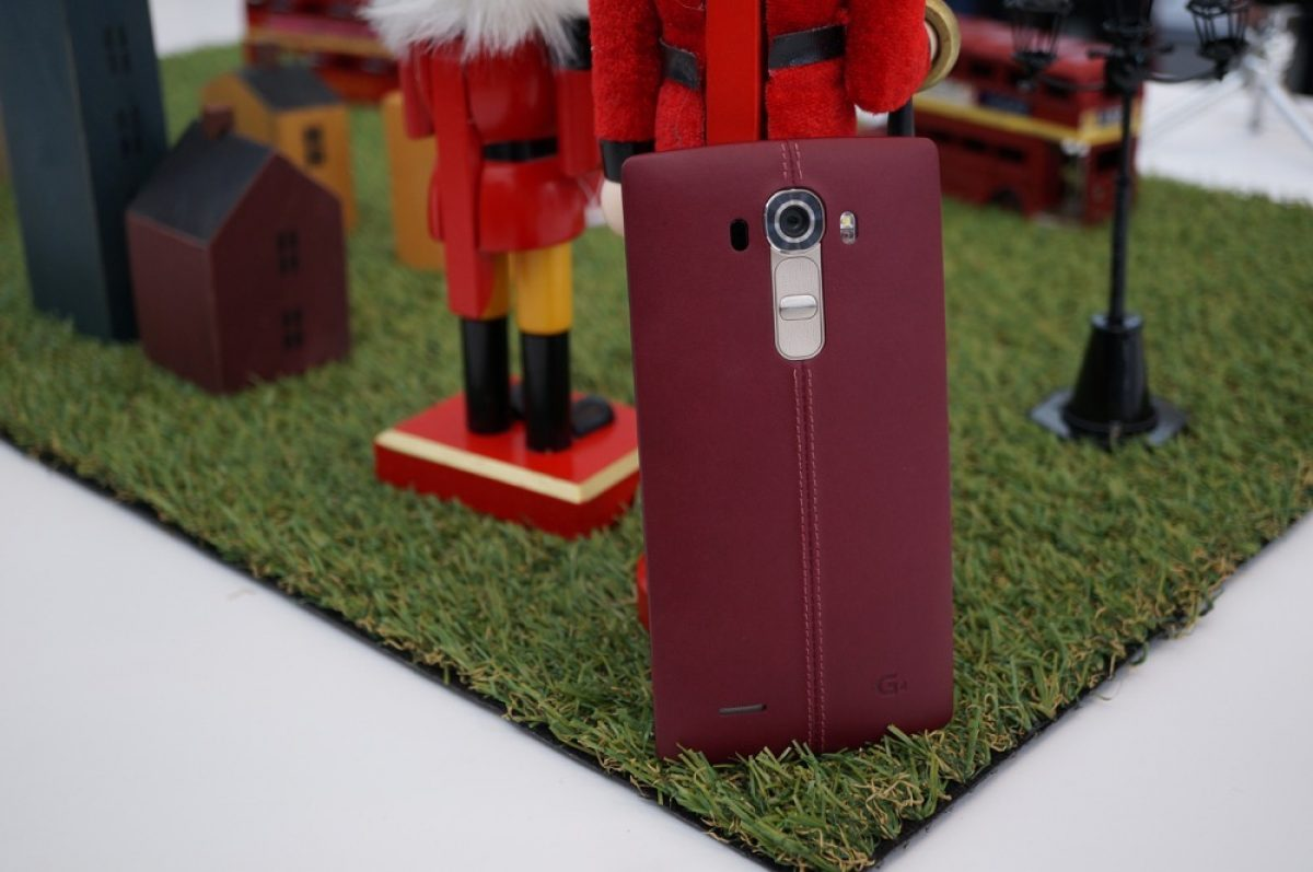 Lg G4 Available At T Mobile Starting Tomorrow Free 128gb Sd Card