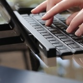 LG Keyboard 1