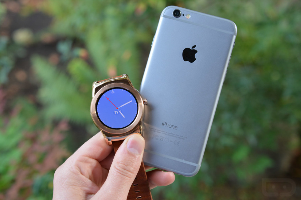 android wear iphone android wear comes to ios updated droid 10078