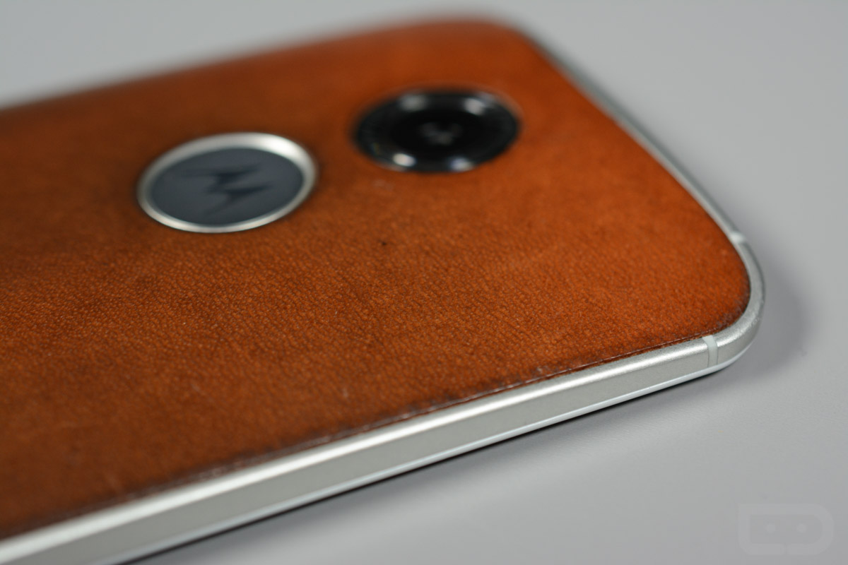 moto x leather-3
