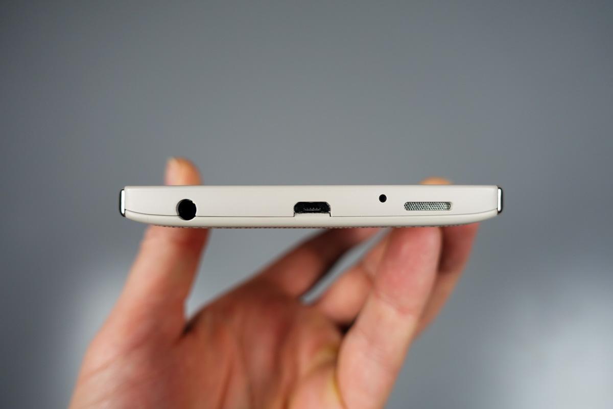 ایا گوشی a5 ضداب است LG V10 Review Droid Life