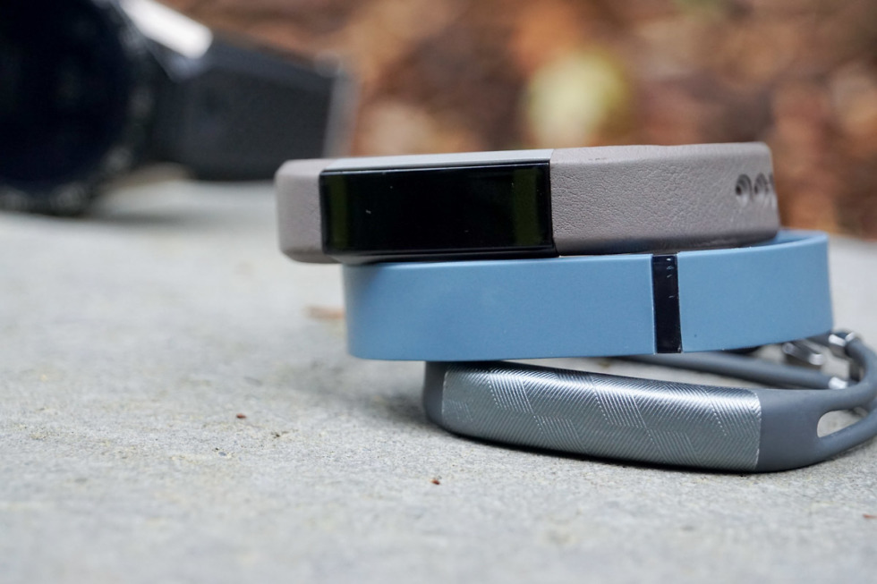 fitness band fitbit jawbone-3