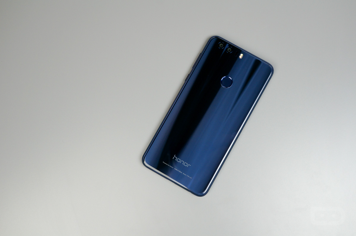 video honor 8 unboxing and tour droid life. Black Bedroom Furniture Sets. Home Design Ideas