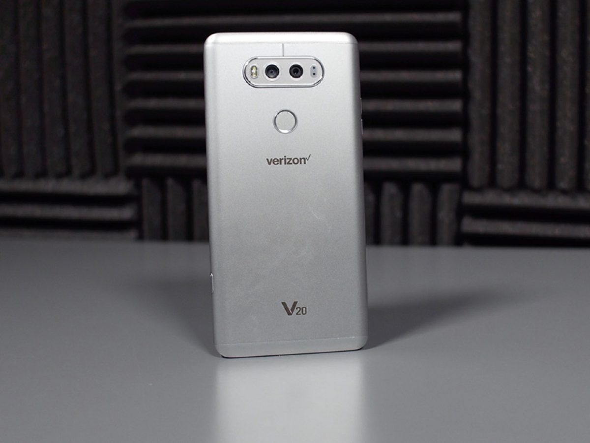 Deals Verizon And At T Offering Up Free Phone Deals On The Best Flagships
