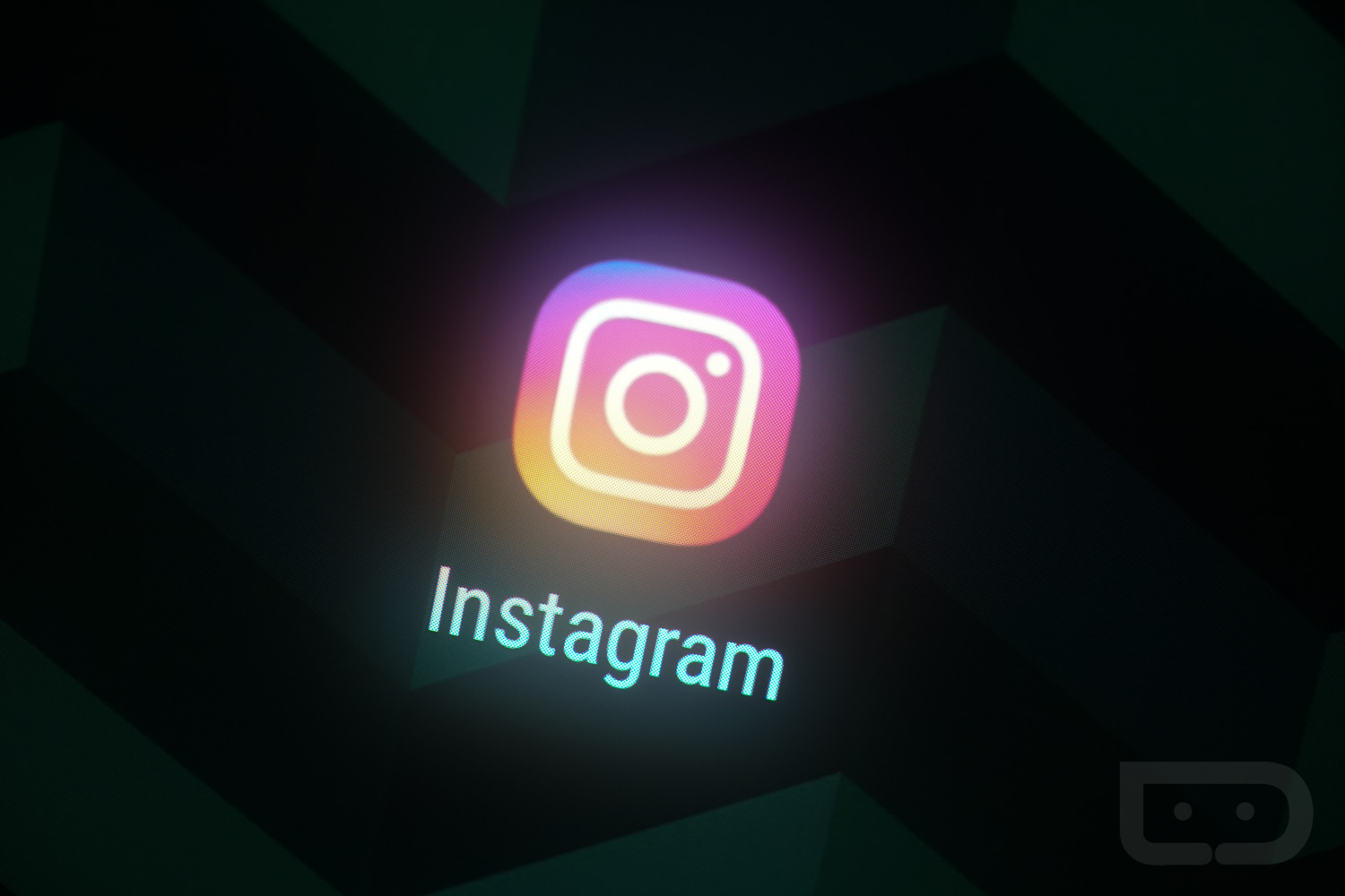 How To Archive Posts On Instagram: New Feature Available To All Users