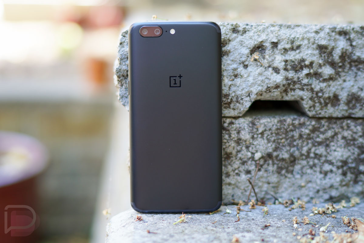 oneplus 5 first 10 things new owners should do. Black Bedroom Furniture Sets. Home Design Ideas