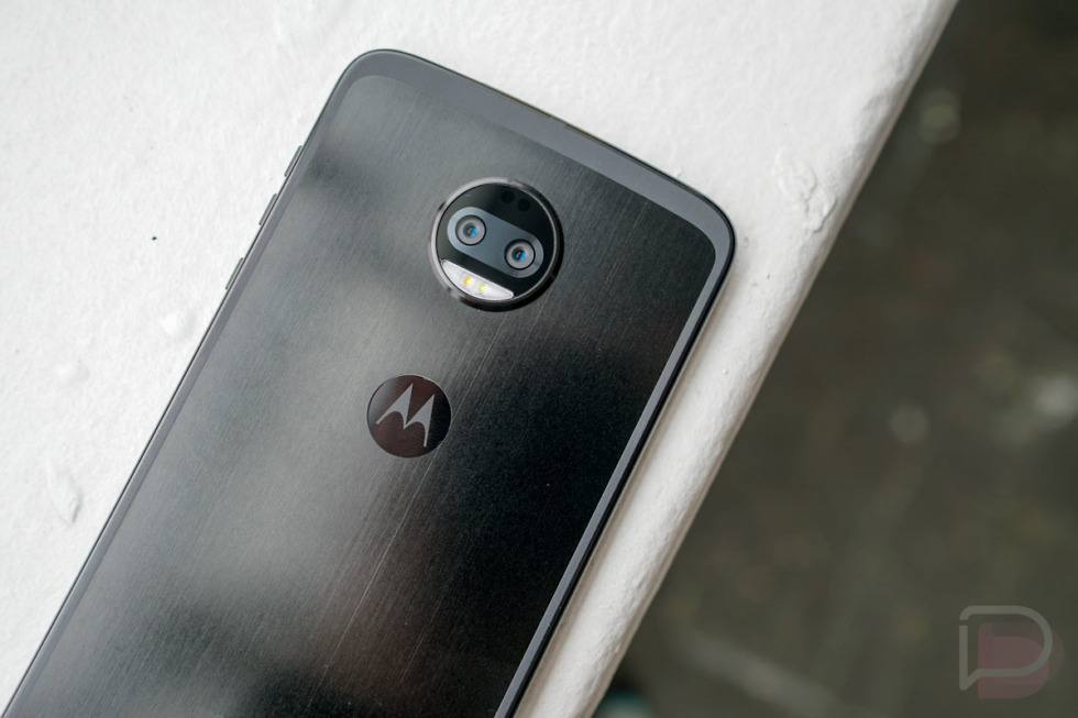 Following Motorola's reveal of the Moto Z3 yesterday, a number of people wanted to know when the Moto Z3 Force would drop. I have bad news for you – it's ...