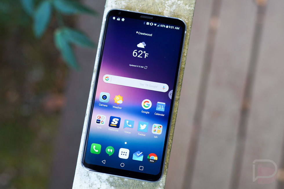 """LG V30 Picks Up Android 8.0 """"Oreo"""" Update 