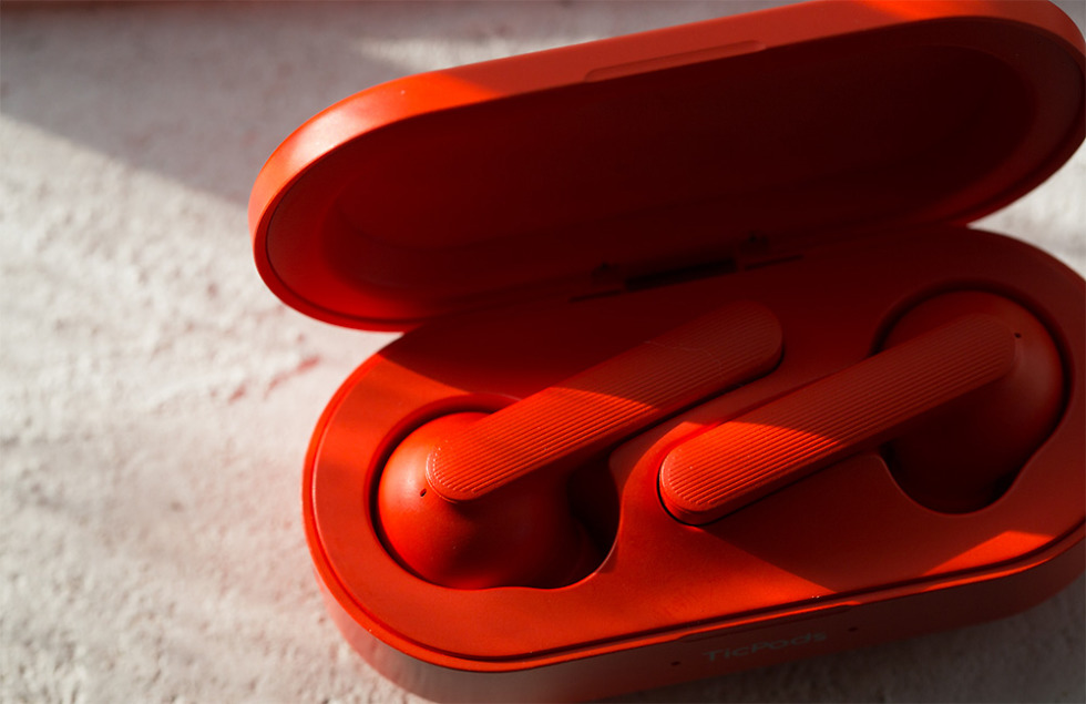 ticpods air red