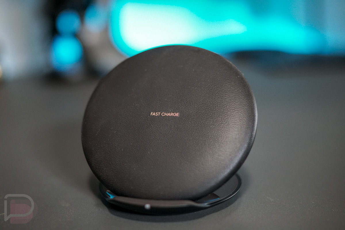 a faster samsung wireless charger just hit the fcc as. Black Bedroom Furniture Sets. Home Design Ideas
