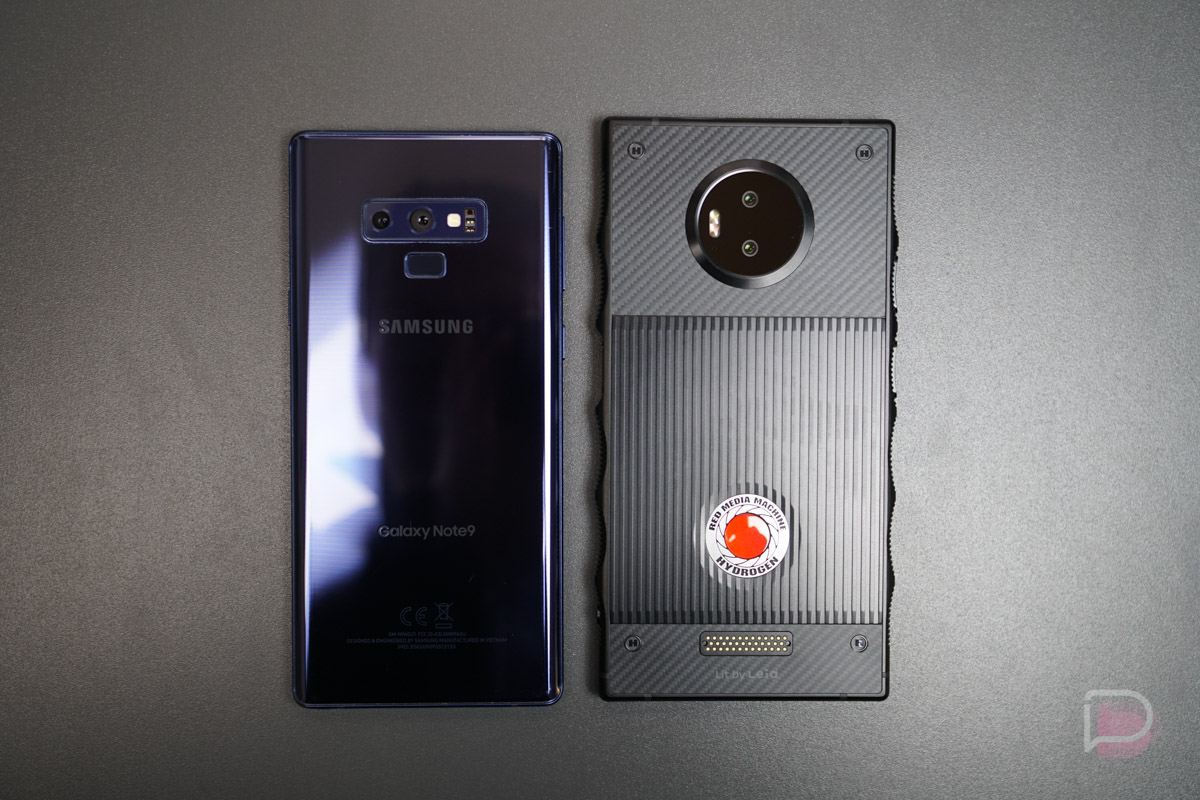 Red Hydrogen One Hardware And Side By Side Size