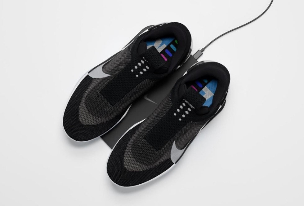 Nike Adapt BB Wireless Charge