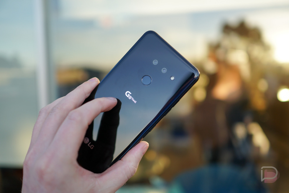 LG G8 ThinQ is $399 Right Now ($450 Off)