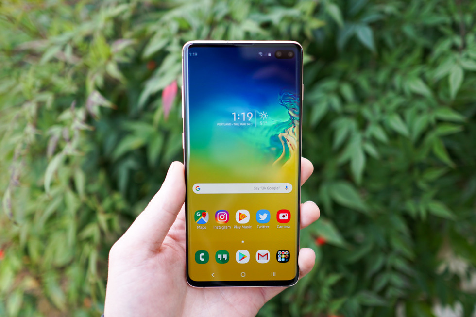 Samsung Galaxy S10+ Review: Mostly Excellence, Slight