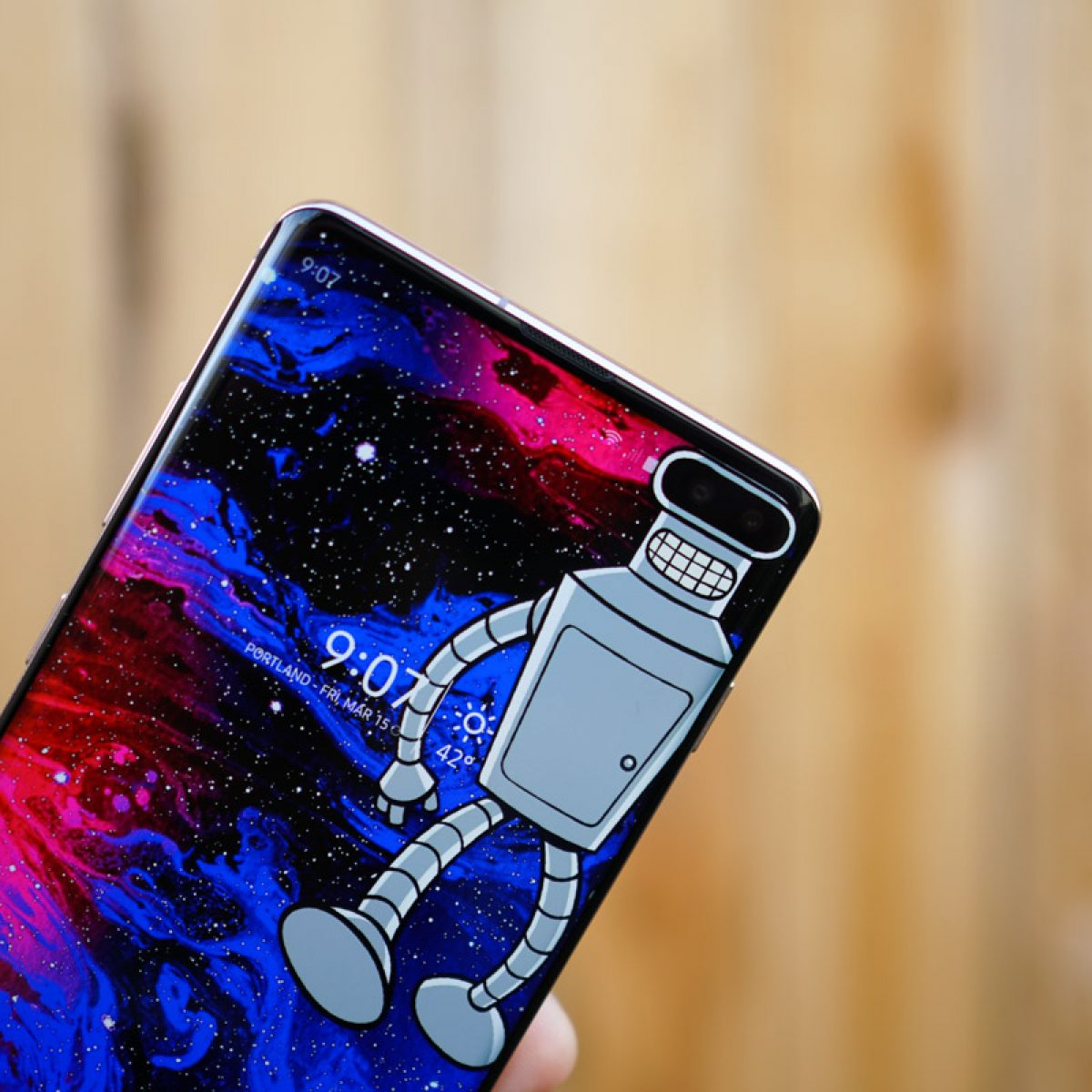 You Need These Wallpapers That Embrace Your Galaxy S10 Display Cutout
