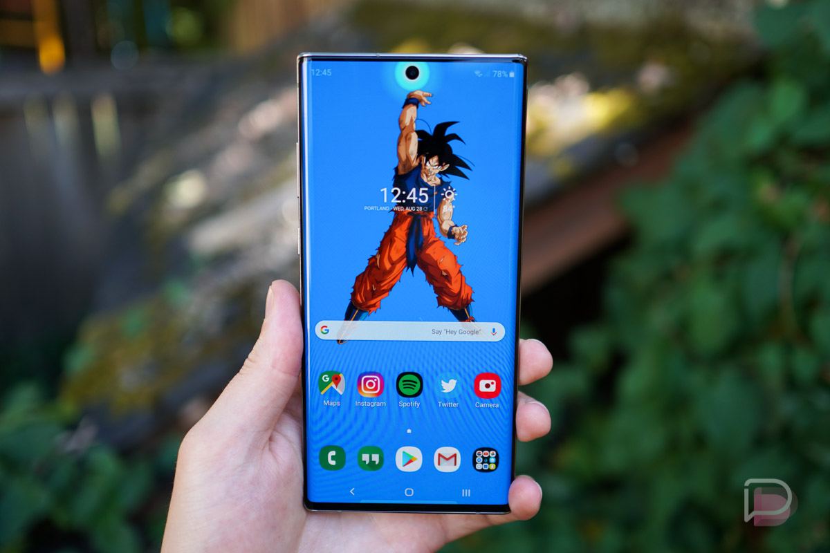 Cool Wallpapers to Go With Your Galaxy Note 10's Camera Cutout