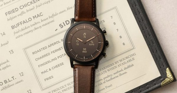 """This is Likely the Fossil Hybrid """"Diana"""" Watch Tech That Google Bought"""