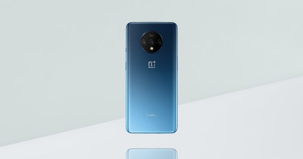 CEO Shares Photos of OnePlus 7T Backside, Hypes 4th-Gen Matte...