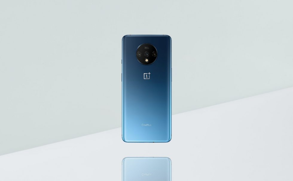 CEO Shares Photos of OnePlus 7T Backside, Hypes 4th-Gen Matte Frosted Glass