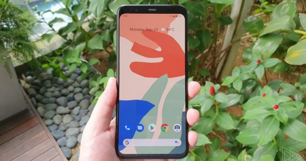 Here's a Look at the Pixel 4's Theming App, Wallpapers, New...