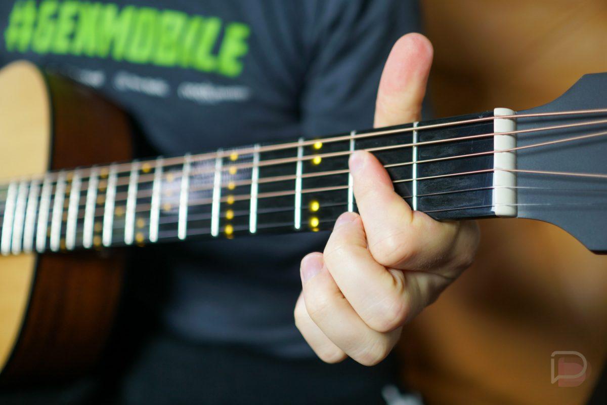 """Smart Guitars"" are Actually Kinda Sweet"